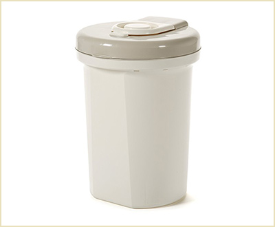 Easy Saver Diaper Pail by Safety 1st
